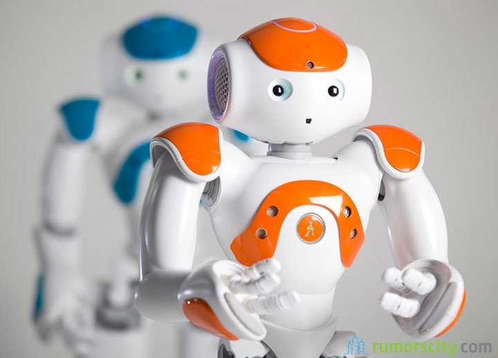 Companion-robot-speaks-19-languages-and-with-emotional-intelligence