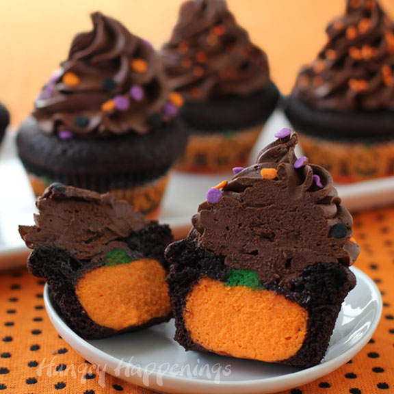 Spooky Halloween Cupcakes That Is Suspiciously Delicious-01