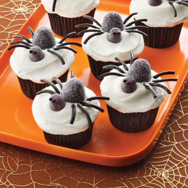 Spooky Halloween Cupcakes That Is Suspiciously Delicious-15
