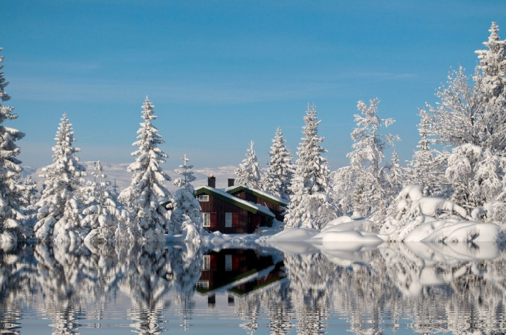 These Amazing Places Are Even More Stunning During Winter-12