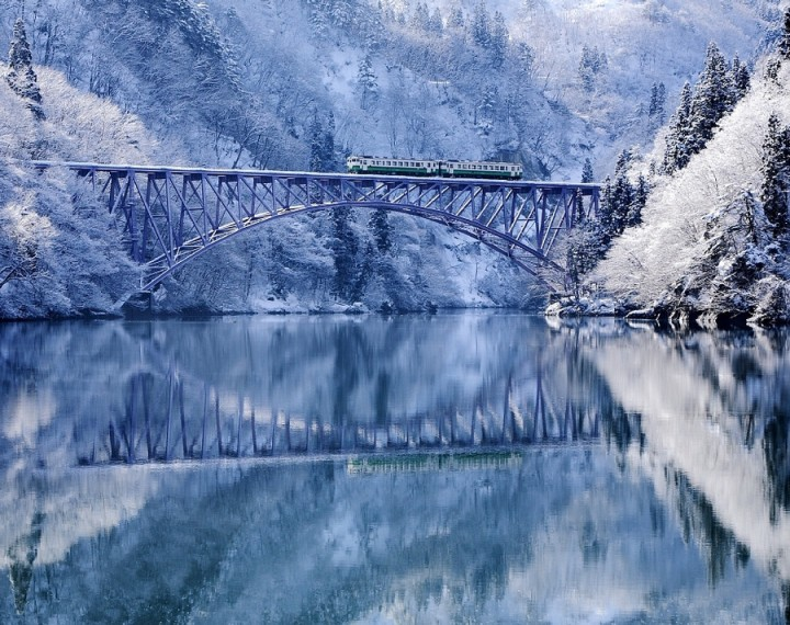 These Amazing Places Are Even More Stunning During Winter-26