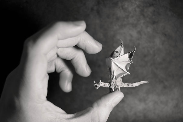 These Tiny Origami Are Unbelievably Small Yet They Are So Perfect-01