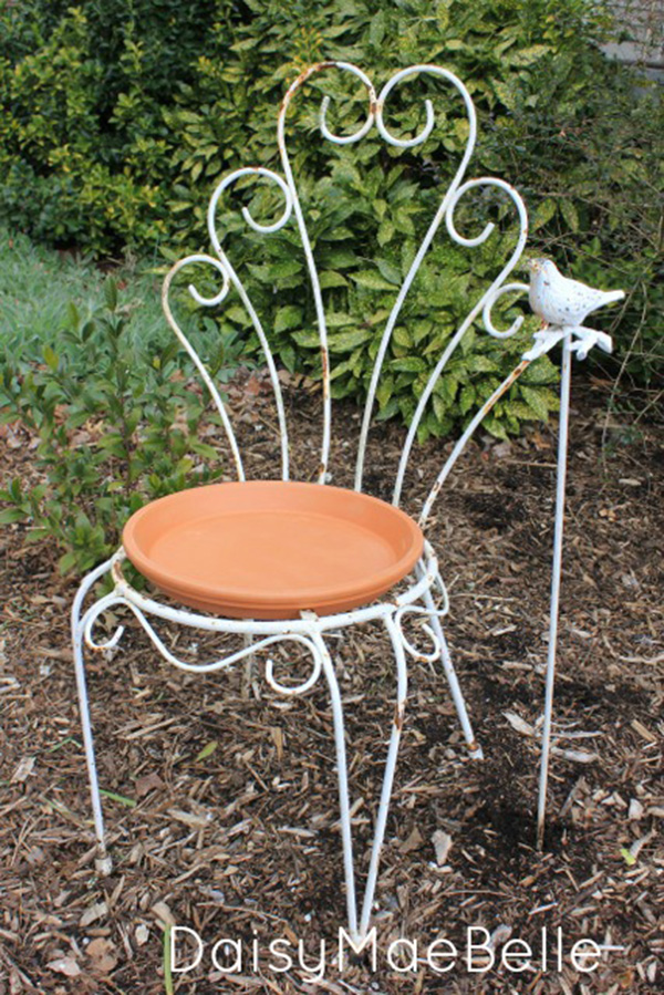 Creative Ideas To Repurpose And Upcycle Old Chairs-15