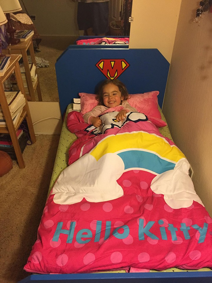 This Father Built A Superhero Bed For His Daughter-10